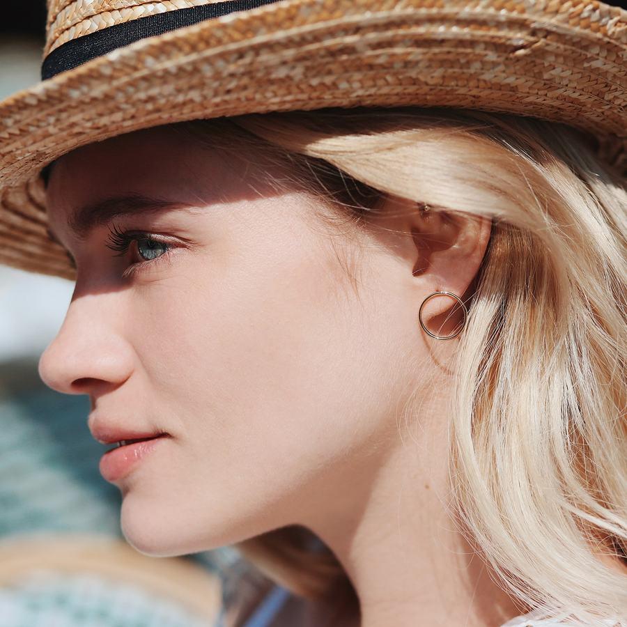 Boucles oreilles anneau plaque or aglaiaco