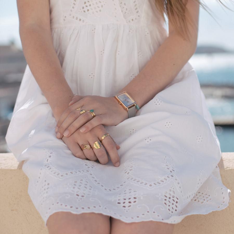 Bague plaque or bijoux montre pierre aglaiaco %281%29