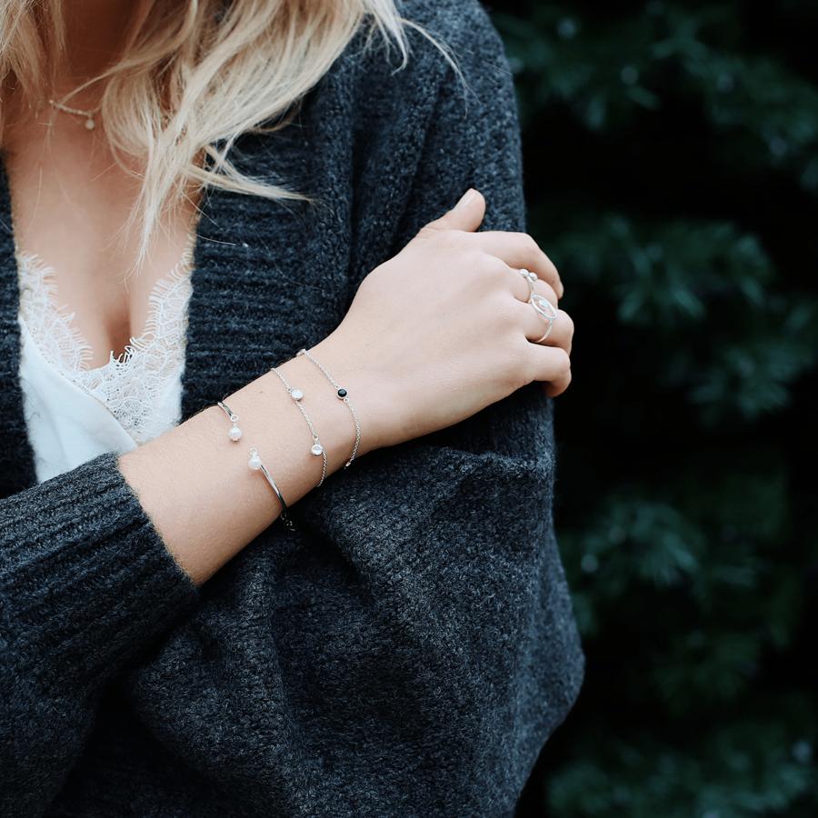 Jonc bracelet bijoux chaine pierre aglaiaco