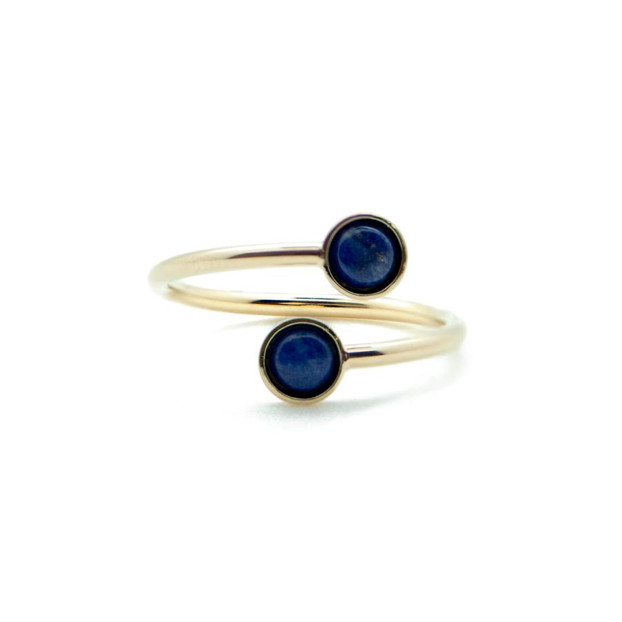 Bague fine plaque or dore lapis lazuli bleu ajustable aglaiaco
