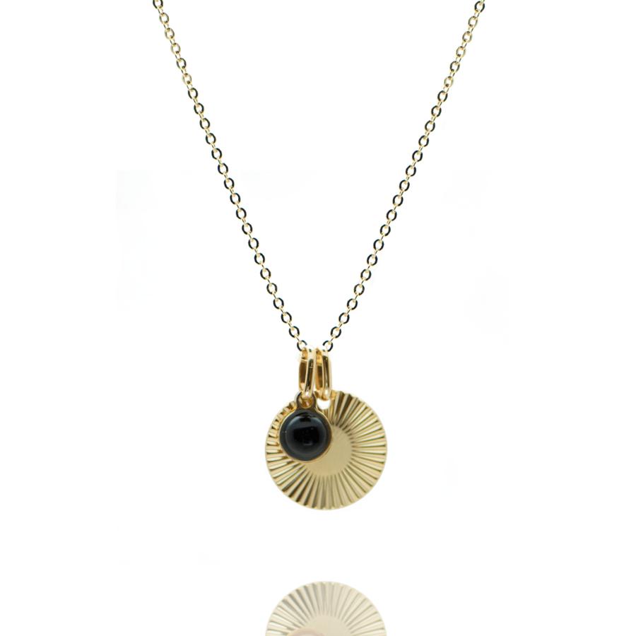 Collier plaque or medaille stri%c3%a9e pierre onyx chaine forcat atelier aglaiaco